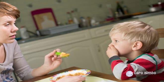Cosa fare se il bambino non mangia?
