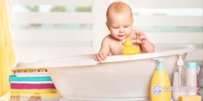 8 cose essenziali per il bagno del tuo bambino