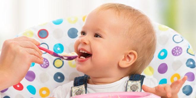 Nutrire il vostro bambino mese per mese