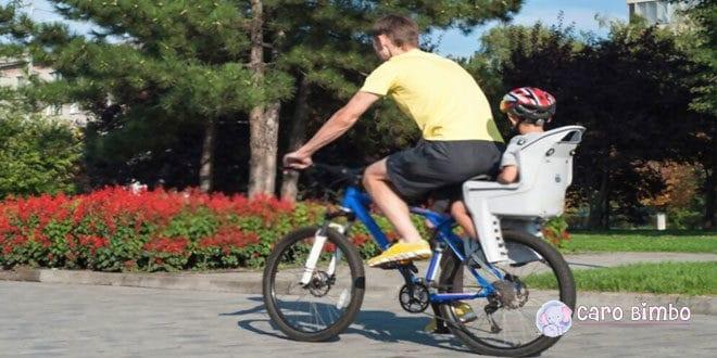 Regolamento sui sedili e i rimorchi per trasportare i bambini in bicicletta